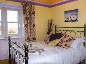 Bedroom 2 - Self catering accommodation - Llandudno
